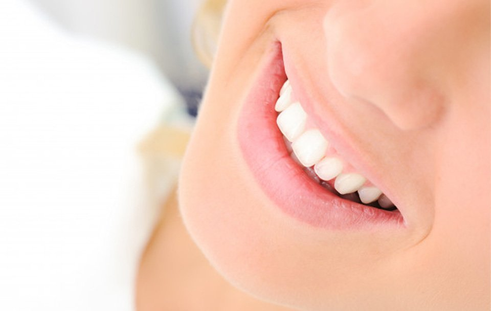 Tips And Tricks To Have White Teeth And Good Dental Hygiene